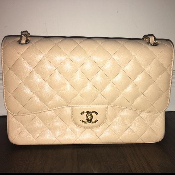 CHANEL Handbags - CHANEL classic jumbo quilted double flap bag
